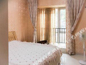 德阳远方的我在等你温馨舒适体验地方生活普通公寓