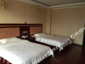 凤庆雨龙公寓