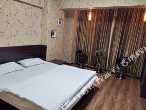 凤城千银商务公寓