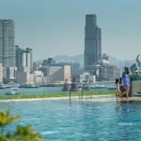 棣�娓���瀛i��搴�(Four Seasons Hotel Hong Kong)