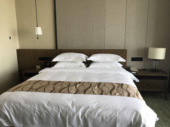渔岛菲奢尔海景温泉度假酒店