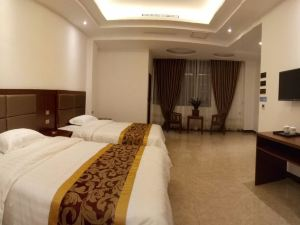 镇宁军宁商务酒店