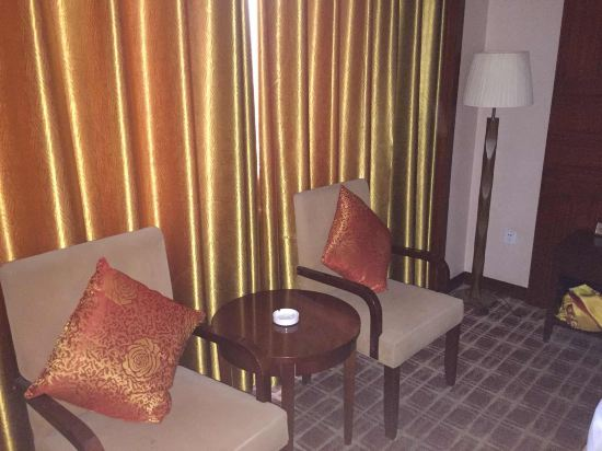 乌鲁木齐地王商务酒店