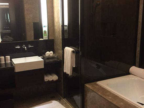 惠州皇冠假日酒店高清图片