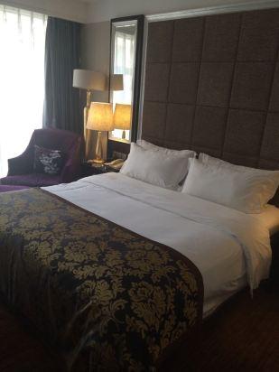 重庆聚丰酒店预订价格,联系电话 位置地址