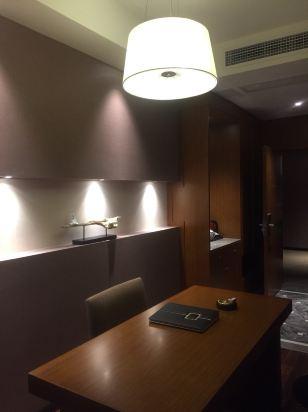 长宁月亮半岛主题酒店