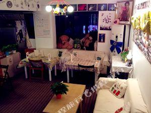 武汉六二班青旅咖啡馆