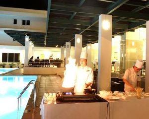 香港-萬鴉老自由行 印尼嘉魯達航空-美娜多巨港半島酒店