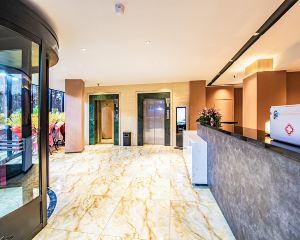 香港-朝陽自由行 中國東方航空公司-iu酒店(朝陽喀左縣政府店)