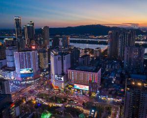 香港-長沙自由行 上海航空公司-長沙豪利維拉·萬代大酒店