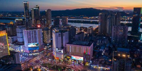 上海航空公司長沙豪利維拉·萬代大酒店