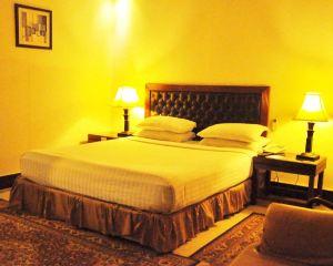 香港-錫亞爾科特自由行 阿聯酋航空-錫亞爾科特丹佛酒店