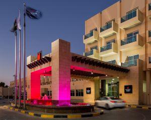 香港-阿布達比自由行 荷蘭皇家航空公司千禧中心馬弗拉克酒店