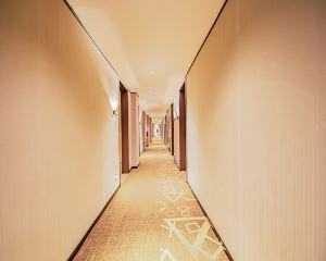 香港-朝陽自由行 中國國際航空公司-iu酒店(朝陽喀左縣政府店)