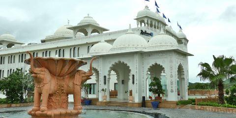 印度捷特航空公司+烏代布爾宮殿麗笙度假村酒店