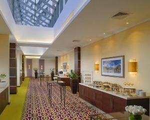 香港-伊爾庫茨克自由行 國泰航空-伊爾庫茨克市中心萬怡酒店