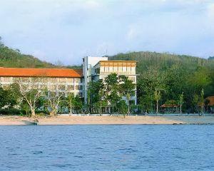 香港-下拉布安自由行 印尼嘉魯達航空賓唐弗洛雷斯酒店