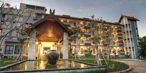 印尼嘉魯達航空+賓唐弗洛雷斯酒店