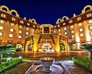 香港-伊斯蘭堡自由行 中國國際航空公司-伊斯蘭堡塞雷納酒店