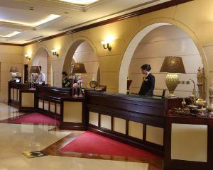香港-杜拜自由行 阿聯酋航空迪拜卡爾頓宮酒店