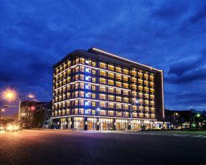 香港-臺東自由行 華信航空公司台東凱旋星光酒店