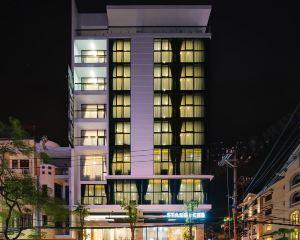 香港-海防自由行 越南航空公司-Kzone星星酒店