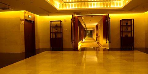 中國東方航空公司赤峯池典商務會館