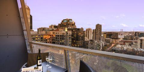 澳洲維珍航空+墨爾本威廉姆街盛橡套房酒店