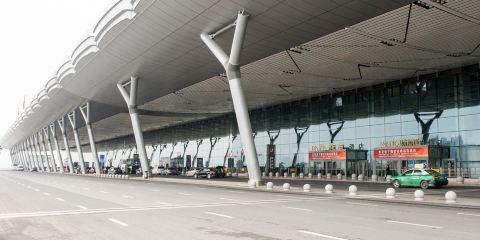 中國南方航空公司貴陽機場航站樓麗港酒店