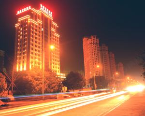 香港-九江自由行 中國東方航空公司-九江錦都龍荷酒店