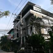 華欣查拉蒙塔酒店