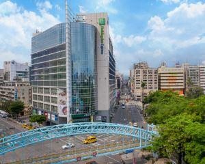 香港-台中自由行 國泰航空台中公園智選假日飯店