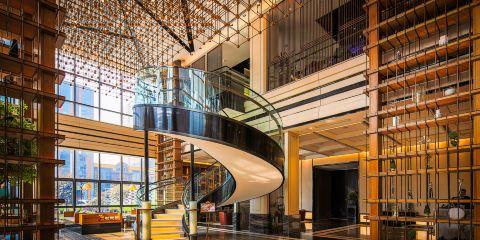 上海航空青島魯諾R酒店