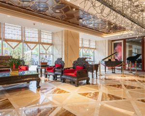 香港-鄂爾多斯自由行 中國國際航空公司-鄂爾多斯皇室國際酒店