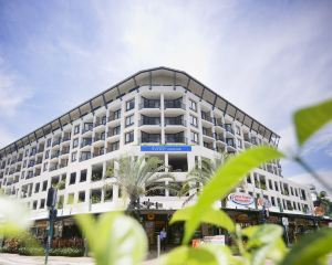 香港-開恩茲自由行 澳洲航空-凱恩斯曼特拉海濱酒店