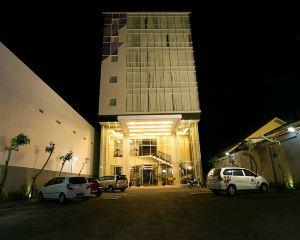 香港-日惹自由行 印尼嘉魯達航空日惹托克洛風格酒店