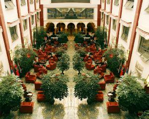 香港-拉薩自由行 中國東方航空公司-維也納酒店(拉薩布達拉宮公園店)