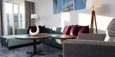 AUSTRIAN AIRLINES+科隆温德姆酒店