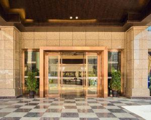 香港-西昌自由行 中國國際航空公司-逸尚東方酒店(西昌邛海濕地店)