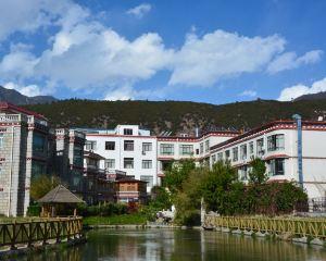 香港-林芝自由行 中國國際航空林芝平措康桑藏泊花園酒店