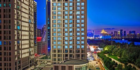 上海航空公司瀋陽奧體中心希爾頓歡朋酒店