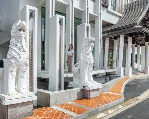 香港-合艾自由行 新加坡航空合艾蒙克哈姆村酒店