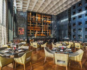 香港-孟買自由行 阿聯酋航空聖瑞吉孟買酒店
