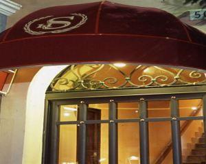 香港-卡塔尼亞自由行 法國航空公司-西特斯克里亞皇宮酒店