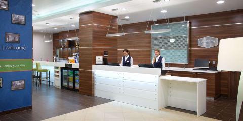德國漢莎航空+明斯克市中心希爾頓歡朋酒店
