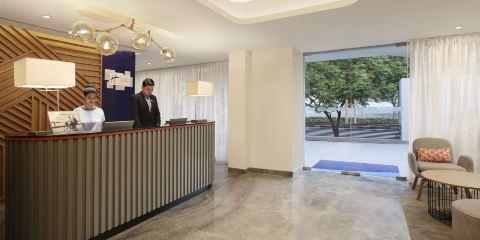 新加坡航空+艾哈邁達巴德普赫拉德納加爾智選假日酒店
