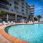 黃金海岸季拉海灘公寓酒店