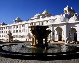香港-烏代浦爾自由行 印度捷特航空公司烏代布爾宮殿麗笙度假村酒店