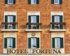 香港-安科納自由行 意大利航空公司 -福爾圖納酒店