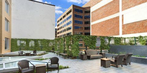 芬蘭航空公司+華盛頓/喬治敦區希爾頓花園酒店
